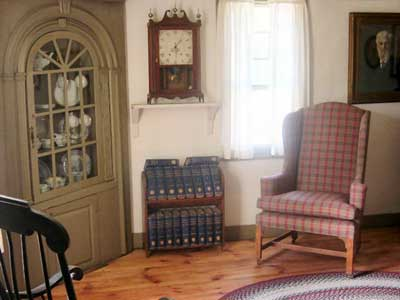 The Parlor in the Macy-Colby House